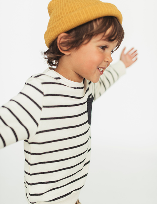 Zara kids green e-commerce